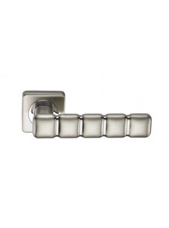 Дверная ручка SILLUR C2O2 S.CHROME